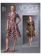 Klokkeformet kjoler med taljebånd og lommer. Vogue 1737.