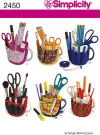 Organisering af blyanter og sakse. Simplicity 2450.