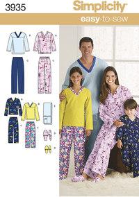 Pajamasbukser, top, futsko og fjernkontrol-holder. Simplicity 3935.