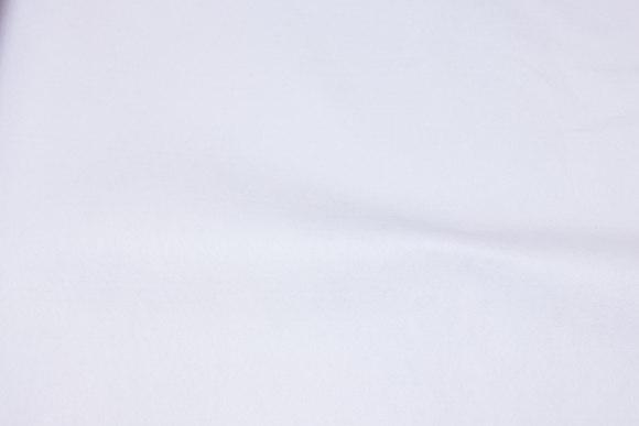 Hvid hobby-filt i 180 cm bredde