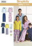 Simplicity 3935. Pajamasbukser, top, futsko og fjernkontrol-holder.