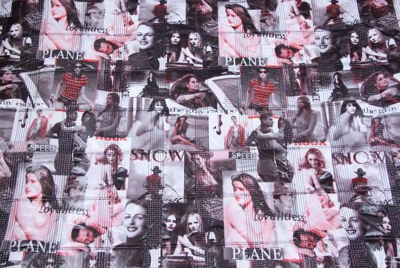 Sort-hvid-rød modequilt med piger i firkanter