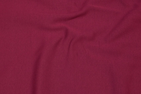 Ruet vinterjoggingstof i bordeaux-farvet