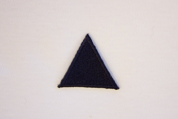 Marine trekant strygemærke 3cm