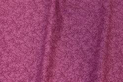 Mørk pink patchwork-bomuld med lille grenmønster