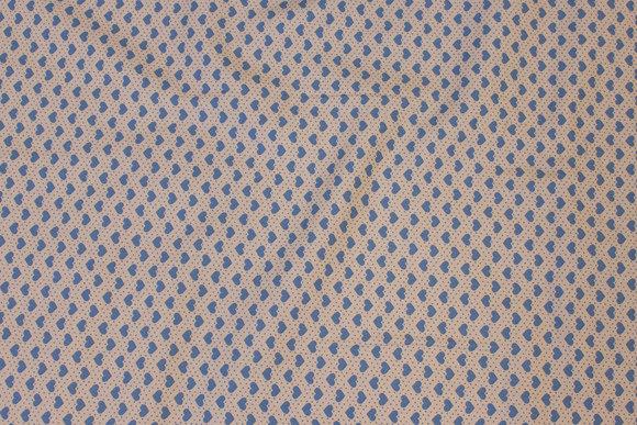 Sandfv. patchwork-bomuld med 6 mm dueblå hjerter