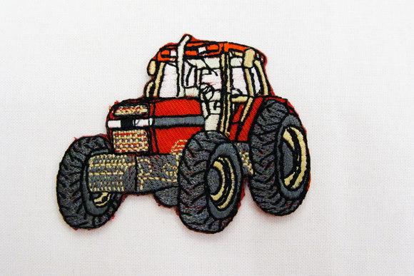 Strygemærke med traktor, rød