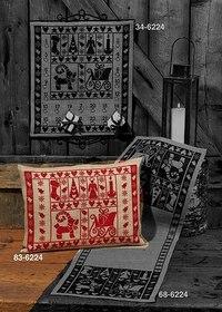 Julepuder med flot, stilfuldt rød broderi. Permin 83-6224.