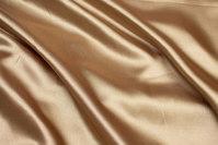 Gylden polyestersatin