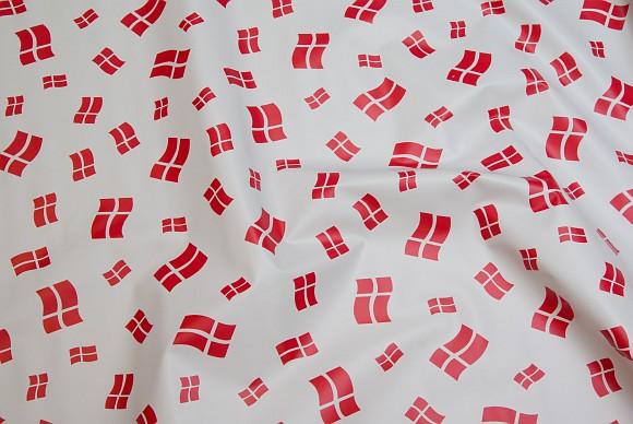 Hvid voksdug med danske flag, forskellige størrelser