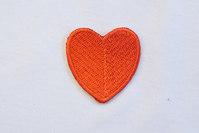 Mellem rødt hjerte 3x3cm