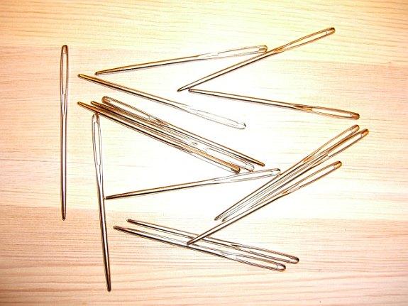 Stor broderinål (rya-nål)