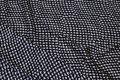 Let, sort polyester med off white mønster