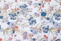 Sart lyseblå viscosejersey med blomster