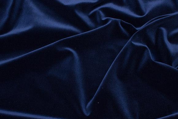 Velour i klassisk vævet kvalitet i mørk marine