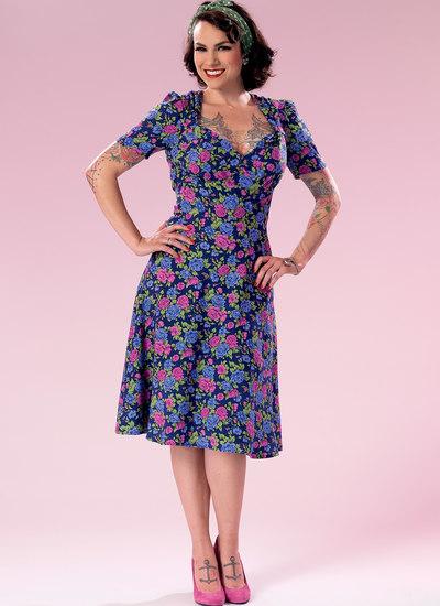 Sweeheart-halsudskæring kjole med samlet overdel