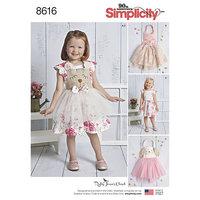 Småbørns Kjole og Forklæde. Simplicity 8616.