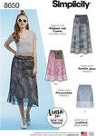 Simplicity 8650. Women's Pull on Skirt and Belt Bag.