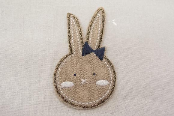 Kanin strygemærke sandfarvet 7x4cm