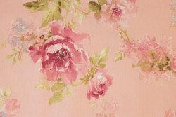 Lyserød deko-stof med ca. 8 cm store roser