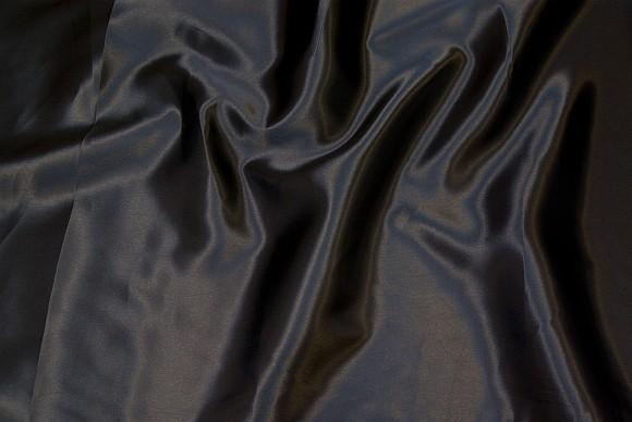 Polyester satin i sort