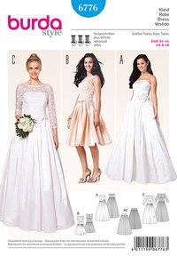 Corset kjole, wedding kjole, blonde overdel, underskirt fra tyll. Burda 6776.
