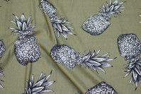 Blød, let piqué-jersey i armygrøn med ananas motiv
