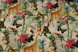 Lys bomuldsjersey med jungledyr