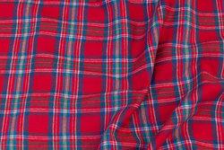 Rød bomulds-flonel med dueblå tern