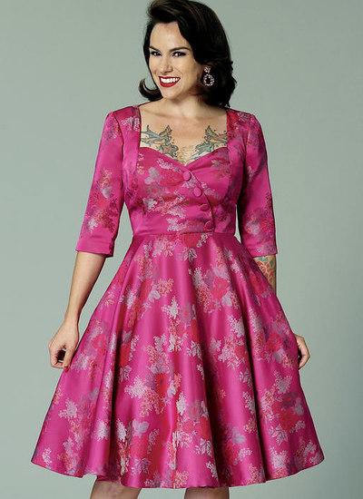 Sweetheart-halsudskæring, kjole med nederdel i