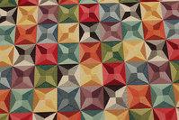 Flot møbelvare med grafisk mønster i multifarver
