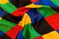 Harlekinmønstret satin i flotte farver til udklædning, dekoration m.m.