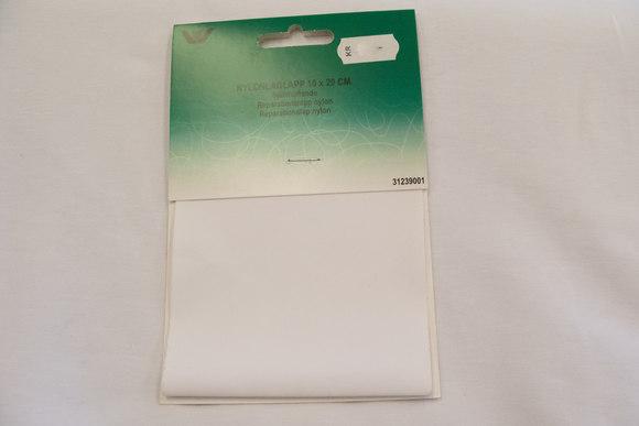 Hvid nylon reparationslap 10 x 20 cm