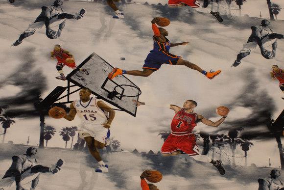 Lysegrå bomuldsjersey med basketball motiver