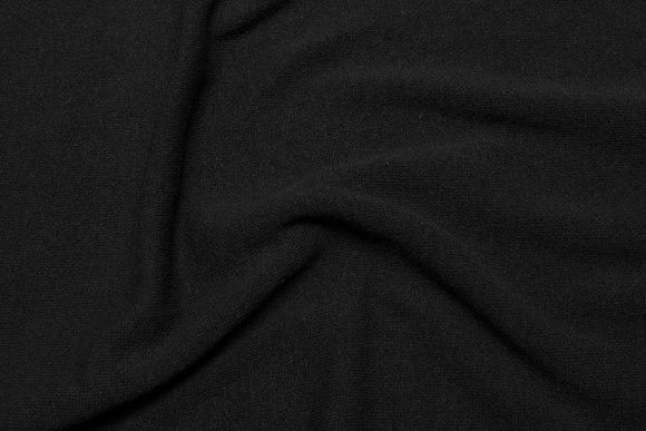 Glatstrikket sort uldstrik