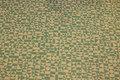 Off white bomuld med jadegrønt mønster, 100% økologisk