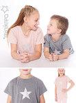 Skønt og enkel T-shirt med korte ærmer til drenge og piger. God pasform i loose fit. Papirmønster – Dette er et trykt papirmønster.