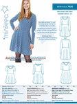 Skøn kjole i strækstof. Fin rund hals, lange ærmer, taljelinje og cirkelskåret skørt med vidde.