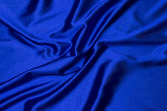 Coboltblå stræksatin