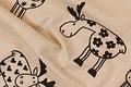 Elegant hør-look på denne vare med trykte sorte elge. Elgene er ca. 15 cm i diameter. Flot og elegant til børneværelset, til puder etc.