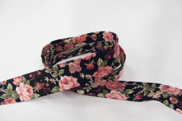 Skråbånd engelske roser sort 2cm