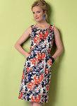 Burda 6351. Tulipan-formet, åben-bagside kjole og sæt.