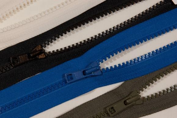 Lommelynlås i plast, 6 mm bred, 15 cm lang