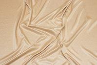 Blank charmeuse-foer i nude-farvet