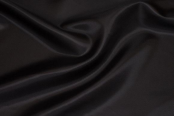 Sort polyesterfoer, diagonalvævet