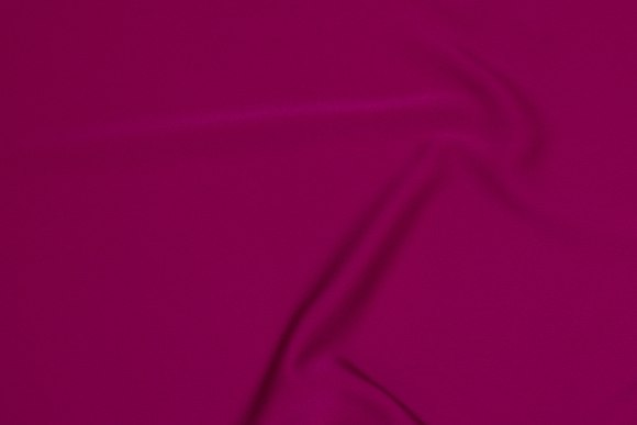 Let polyester kjolecrepe i fuchiafarvet