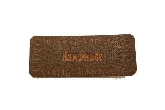 Handmade brunt Læderlook strygemærke 6 x 2 cm