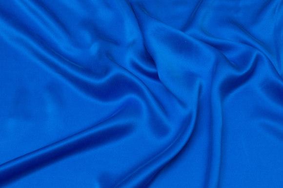 Husarblå, superflot sandvasket ren silke
