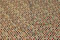Jacquardvævet møbelgobelin med multifarvede tern
