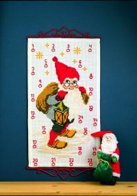 Pakkekalender med Julemanden med sæk og lygte. Permin 34-4208.